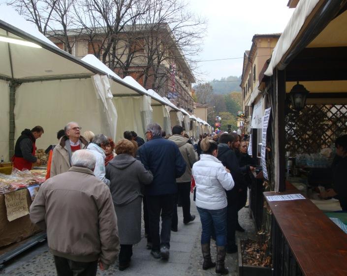 gente in piazza (1)